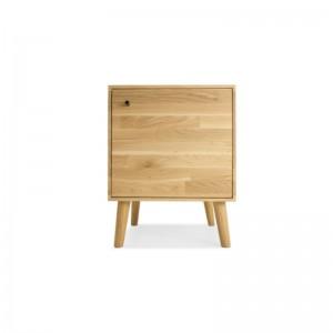Dubový nočný stolík Cube...