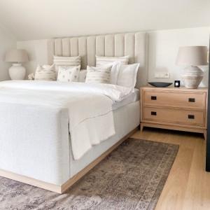 Čalúnená posteľ Harmony....